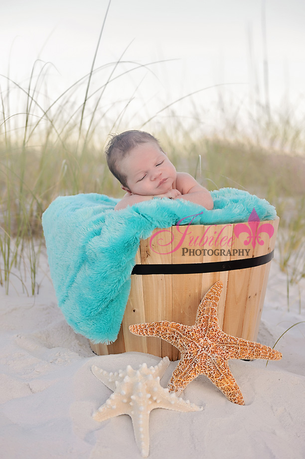 The Best Baby Beach Pictures, Baby Picture Ideas, Easy to recreate picture ideas for children, Fun & Creative Picture Ideas, Baby Picture ideas newborn