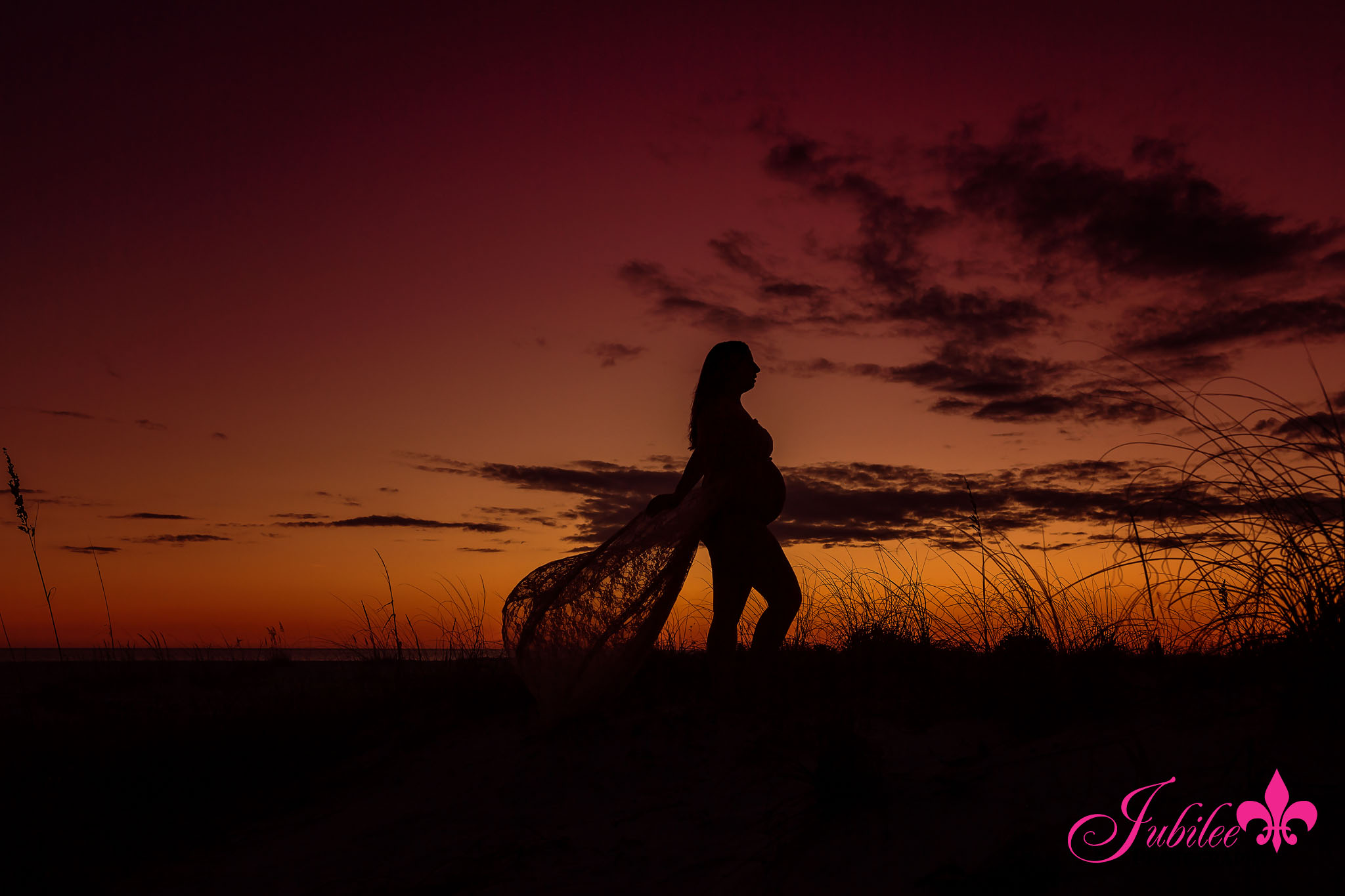 Tara – Santa Rosa Beach Maternity Photographer